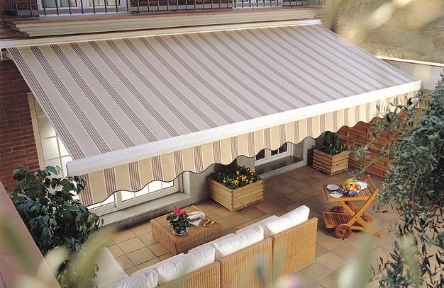 Beautiful Tenda Terrazzo Prezzi Pictures - Idee Arredamento Casa ...